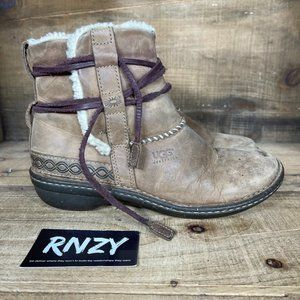 UGG Cove Toast Leather Shearling Lined Boots